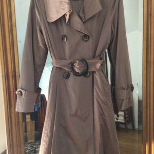 Womens  London Fog fully lined trench coat size S